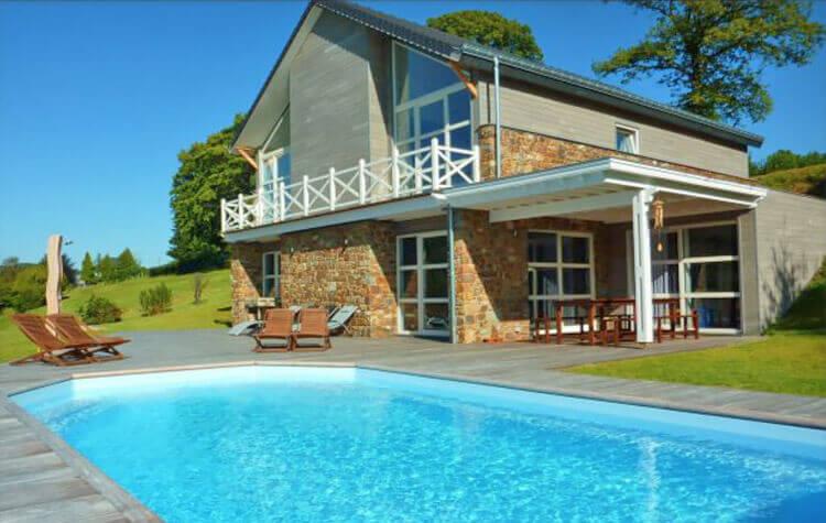 De Mooiste Vakantiehuizen : Vakantiehuis met privé zwembad belgische ardennen